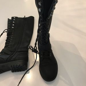 Mossimo Black Laced Combat Boots